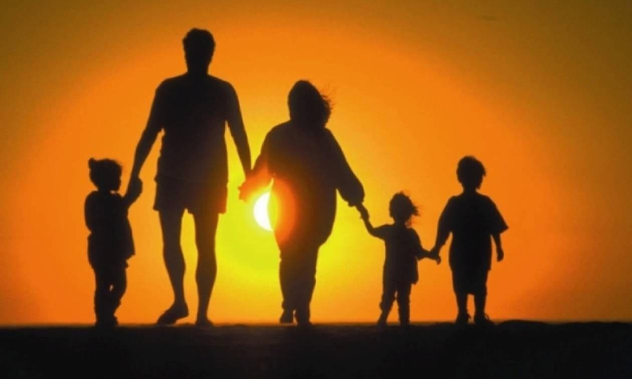 Τρίτεκνοι: Διευρύνονται τα όρια ηλικίας για διορισμό ή πρόσληψη στο Δημόσιο