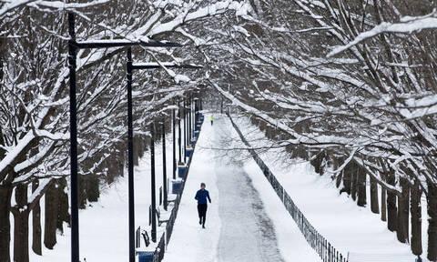Οι φωτογραφίες της Μελάνια Τραμπ από τον χιονισμένο Λευκό Οίκο που έγιναν viral! (pics)