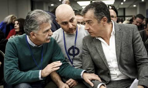 Ανατροπή! Ο Θεοδωράκης σκέφτεται να μην διαγράψει τον Σπύρο Δανέλλη