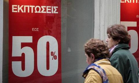 Χειμερινές εκπτώσεις: Ανοιχτά τα καταστήματα την Κυριακή