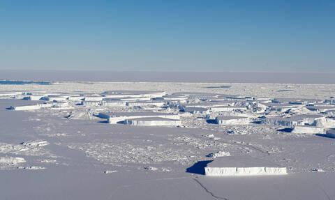 Σήμα κινδύνου από την Ανταρκτική: Χάνει εξαπλάσιους πάγους κάθε χρόνο (pics)
