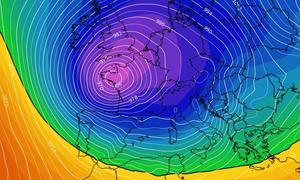 Καιρός: Βαρομετρικό χαμηλό... γίγας «βλέπουν» τα προγνωστικά μοντέλα καιρού (video)