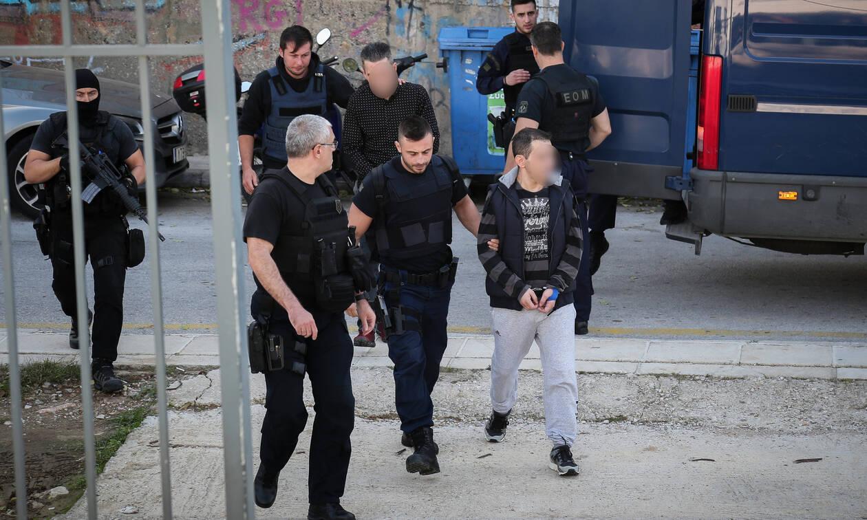 Υπόθεση Ζαφειρόπουλου: Τι κρύβεται πίσω από τη δολοφονία του Αλβανού κρατουμένου;