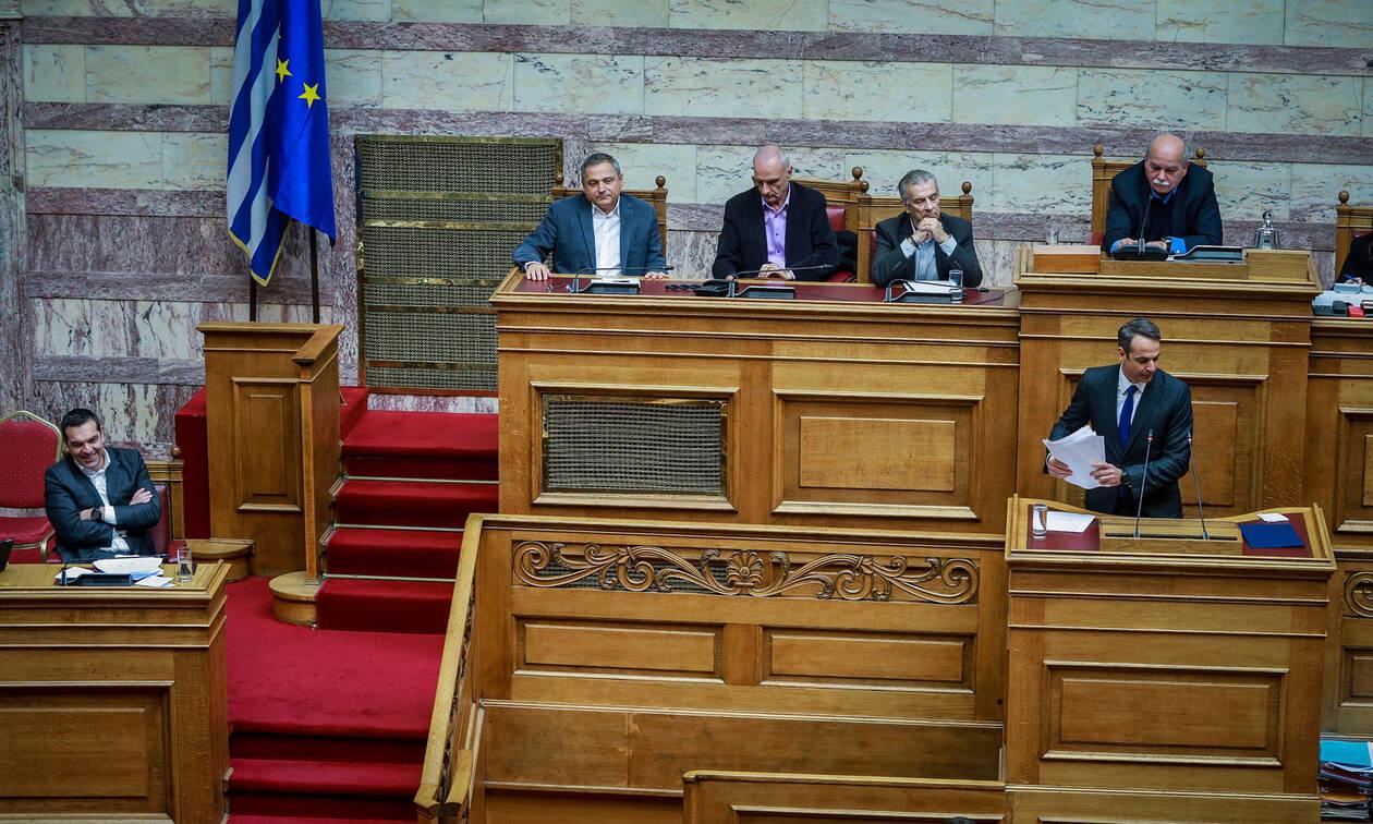 «Σφαγή» Τσίπρα - Μητσοτάκη στη Βουλή για Σκοπιανό και ψήφο εμπιστοσύνης