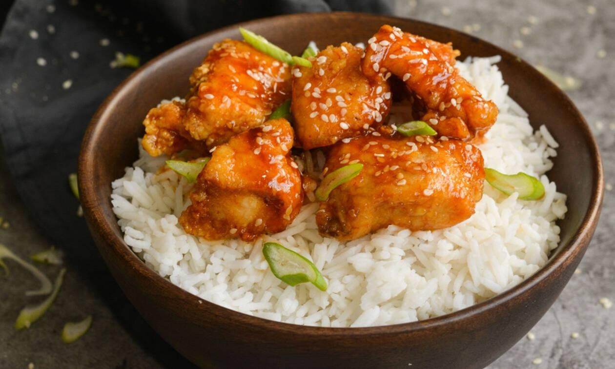 Η συνταγή της ημέρας: Γλυκόξινο κοτόπουλο με ρύζι