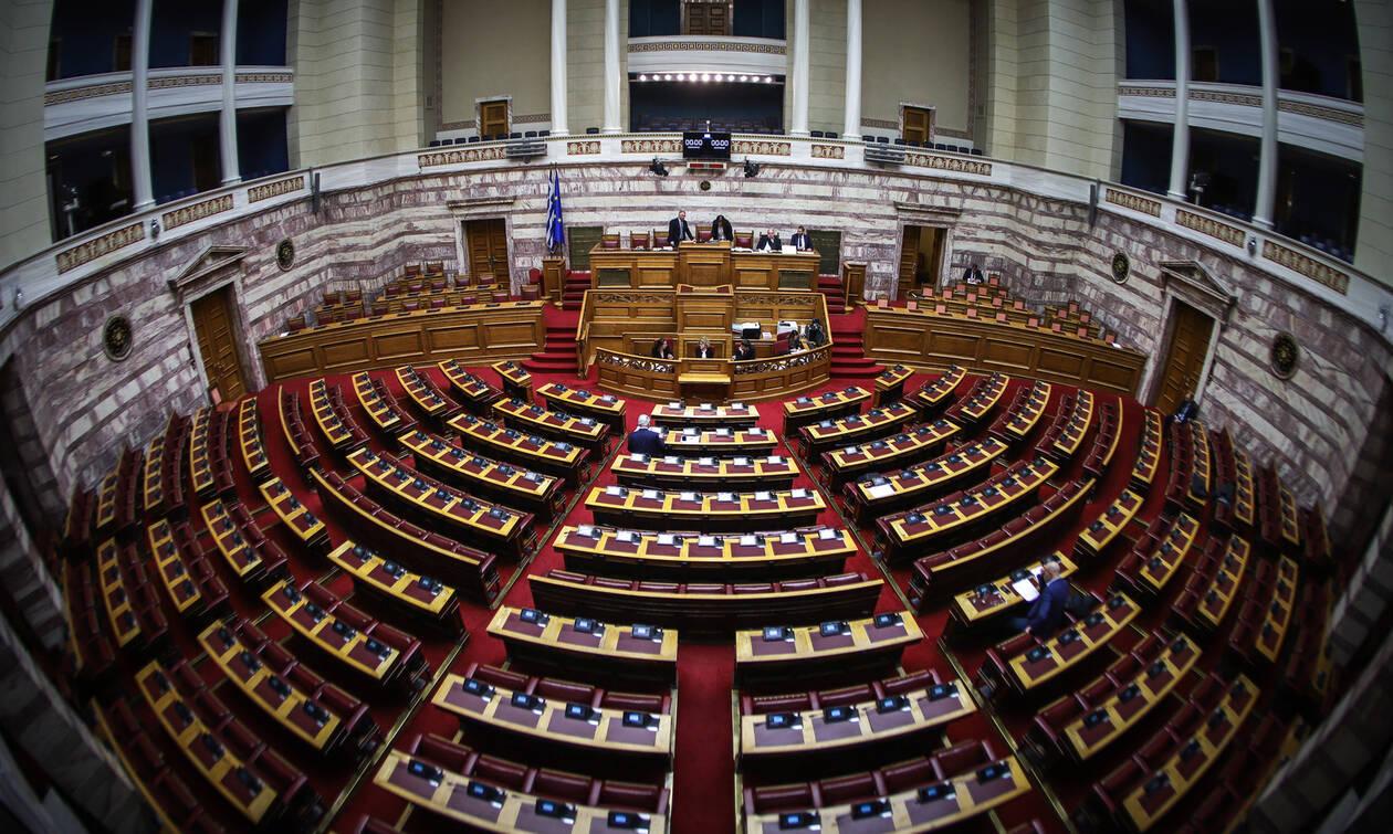 Βουλή Live: Η συζήτηση για την ψήφο εμπιστοσύνης