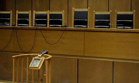 Βόλος: Δικάστηκαν αδέρφια που άσκησαν βία στη μητέρα τους