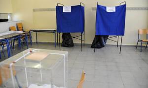Δημοσκόπηση: Στο 15% η διαφορά ΝΔ με ΣΥΡΙΖΑ - Εξαφανίζονται οι ΑΝ.ΕΛ