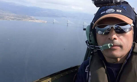 Πτώση αεροσκάφους στο Μεσολόγγι: Ποιος είναι ο πιλότος που αγνοείται (pics)