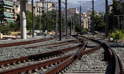 Αναστάτωση: Φωτιά εν κινήσει σε τρένο προς Αθήνα (pics)