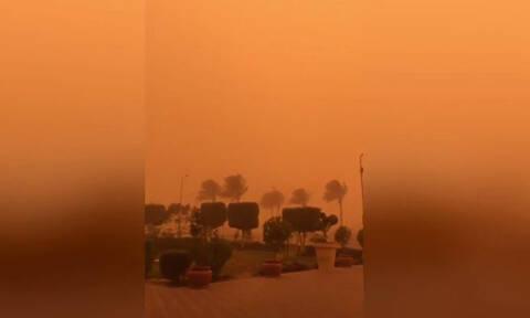 Ο ουρανός του Καΐρου «βάφτηκε» πορτοκαλί και εντυπωσιάζει (vid)