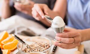 Δίαιτα των βραστών αυγών: Χάστε 10 κιλά σε δύο εβδομάδες (vid)