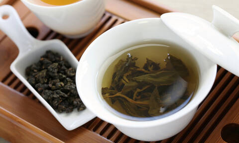 Πράσινο τσάι: Πότε έχει περισσότερα αντιοξειδωτικά άρα και οφέλη για την υγεία