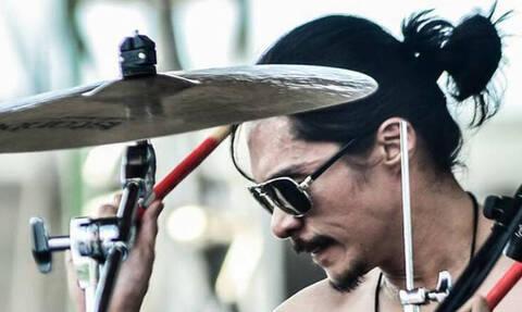 Τραγικό! Γνωστός μουσικός αυτοκτόνησε live στο Facebook (Vid)