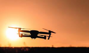Η στιγμή που το ταχυδρομείο θα σας παραδίδει δέματα με drone είναι πιο κοντά από όσο νομίζατε