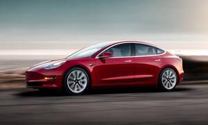 Βραβείο συνολικά 900.000 δολαρίων για όποιον παραβιάσει τα ηλεκτρονικά του Tesla Model 3 (pics)