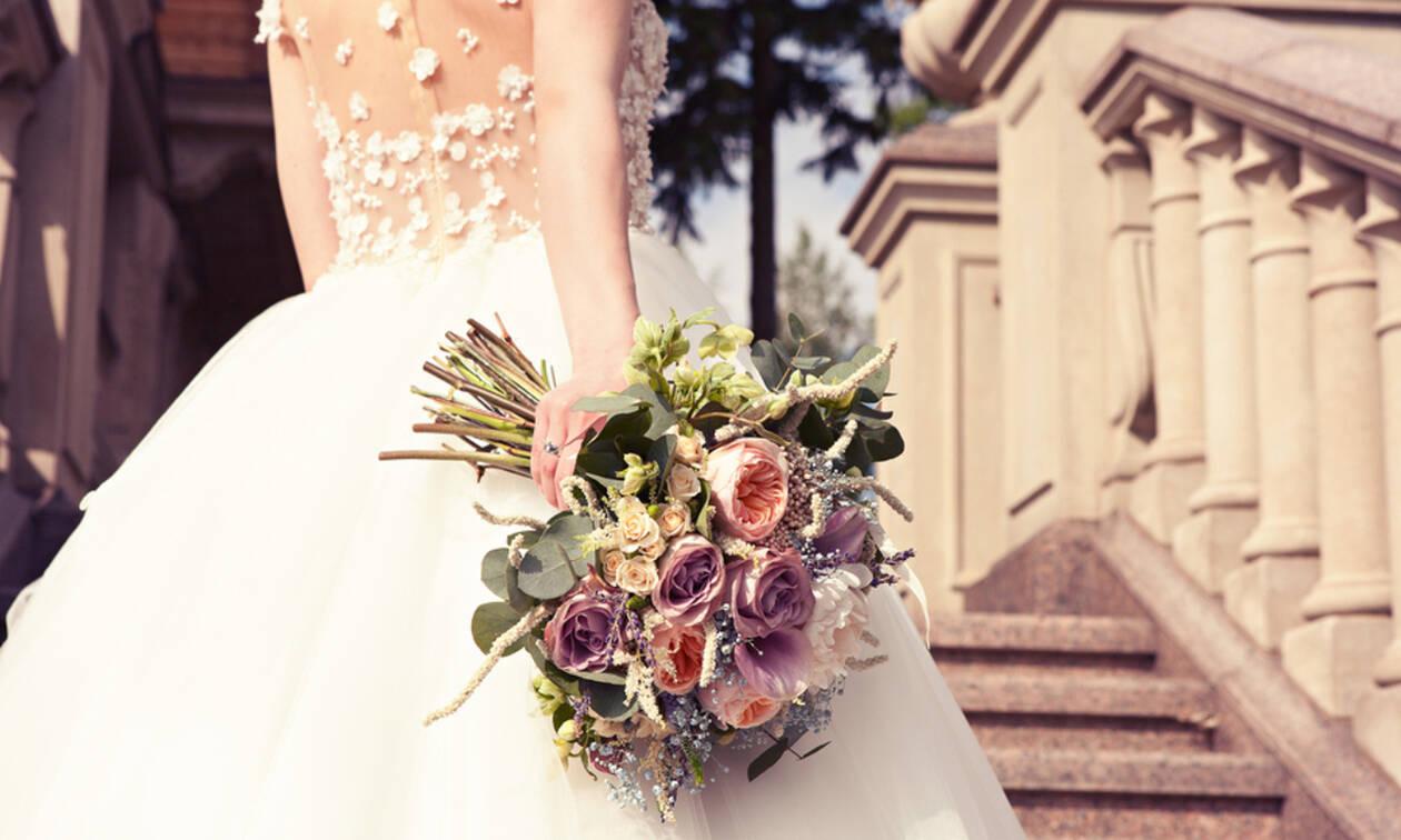 Η μητέρα της παντρεύεται και εκείνη της έκανε το πιο απίστευτο δώρο (vid)
