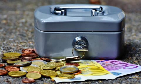 Έχετε χρέη σε Ταμεία και Εφορία; Έρχονται οι 120 δόσεις - Ποιοι θα δουν «κούρεμα» έως 70%