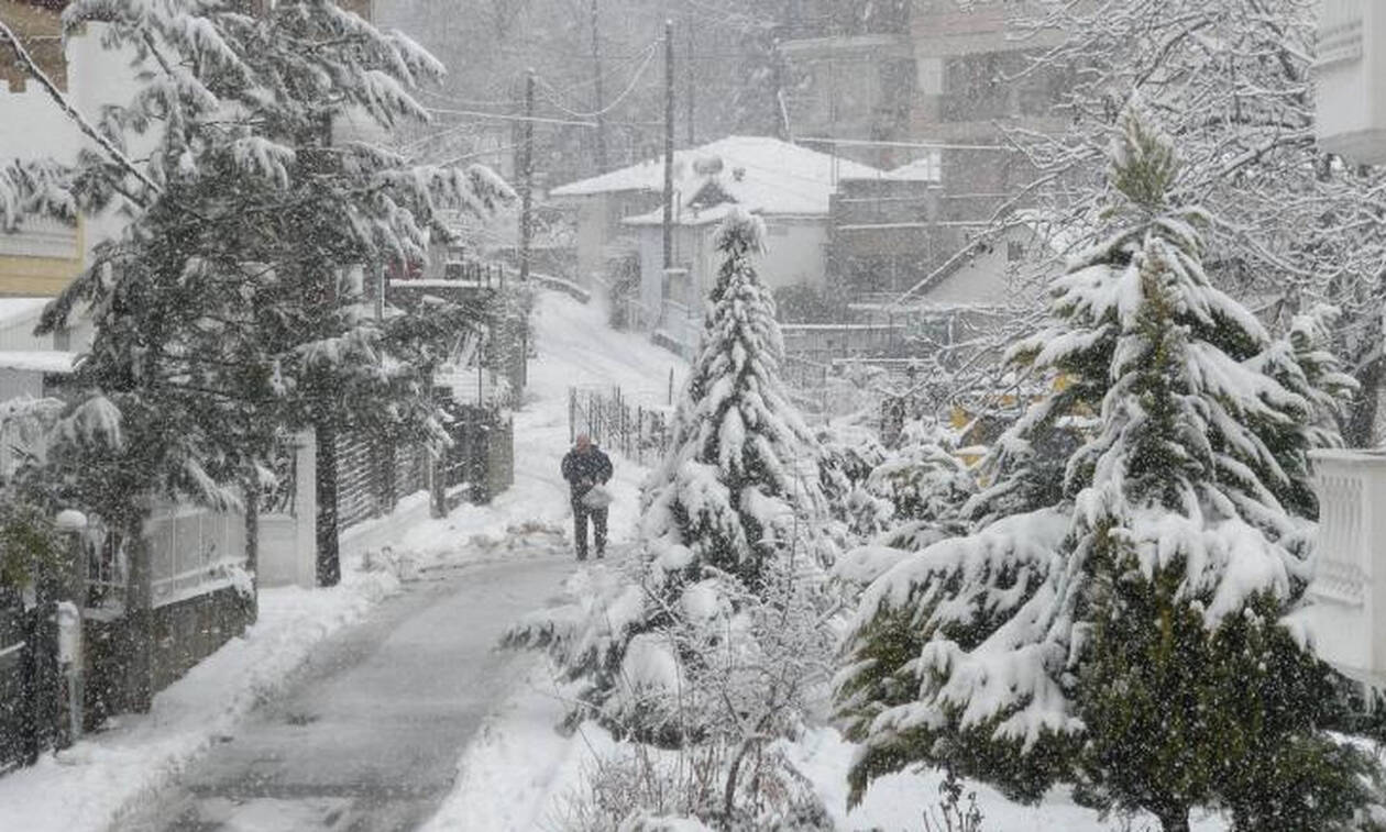 Καιρός: Επιδείνωση από την Κυριακή με καταιγίδες και χιόνια - Έρχονται έντονα καιρικά φαινόμενα