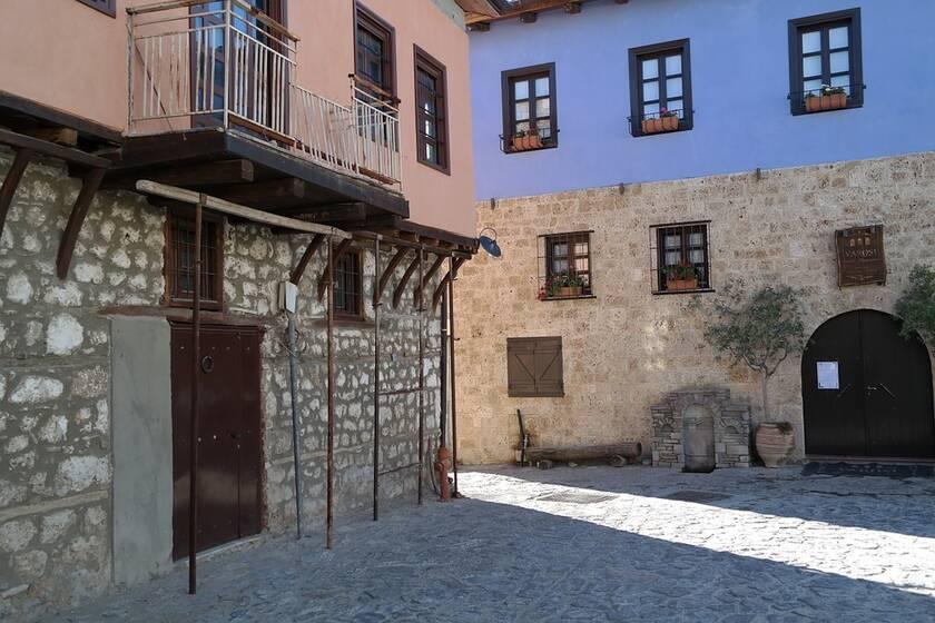 Ο παραδοσιακός οικισμός Βαρόσι