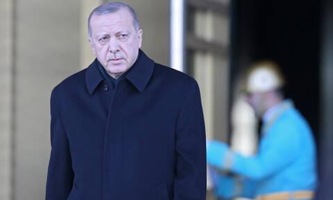 Και ο Ερντογάν στο ρυθμό του «10 Year Challenge»: Δείτε τη φωτογραφία που ανέβασε