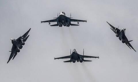 Ρωσία: Συγκρούστηκαν στον αέρα δύο βομβαρδιστικά SU-34 (vid)