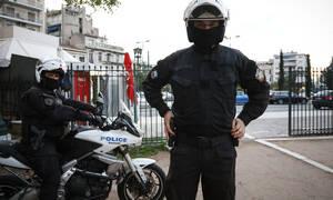 Τρόμος στον Πύργο: 30χρονος «μπούκαρε» με μαχαίρι σε τράπεζα
