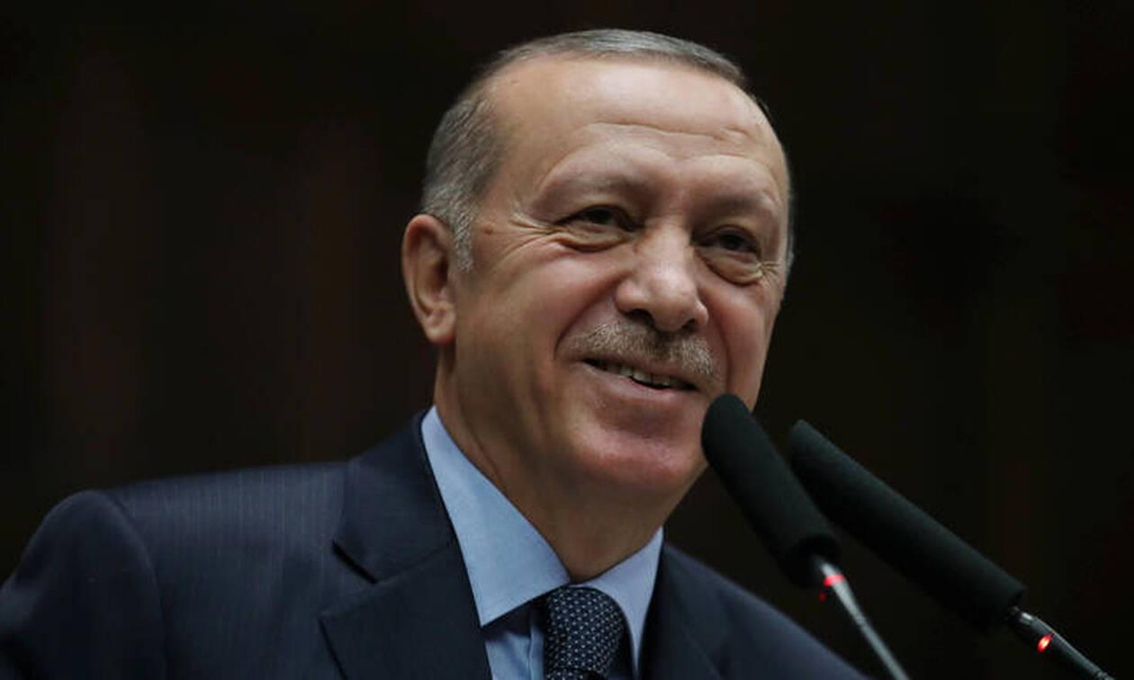 «Ξινός σαν το λεμόνι»: Αυτό είναι το #10YearsChallenge του Ρετζέπ Ταγίπ Ερντογάν