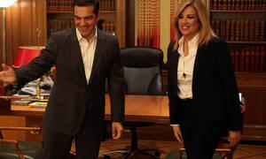 Bγήκαν τα «μαχαίρια» μετά τη συνάντηση Τσίπρα – Γεννηματά στο σπίτι του Λιβάνη