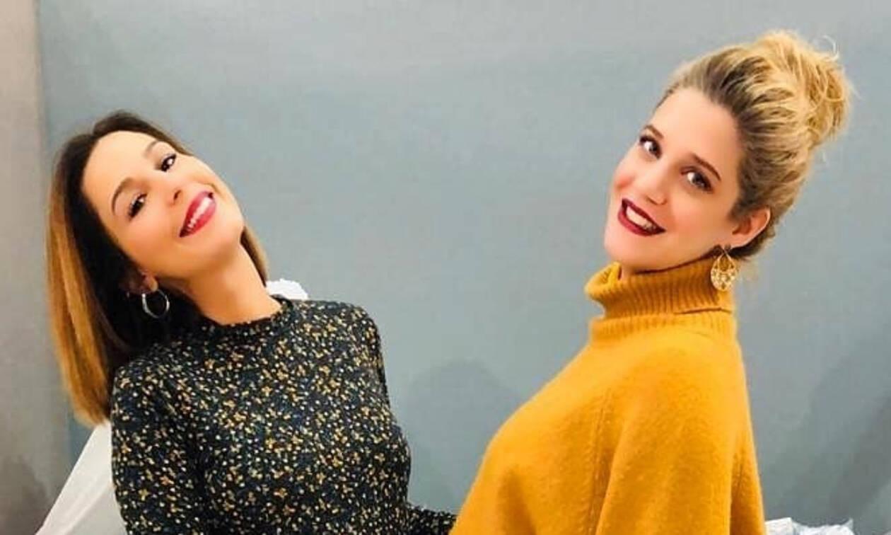 Τζένη Θεωνά - Κατερίνα Παπουτσάκη: Ποζάρουν με τις φουσκωμένες τους κοιλίτσες!