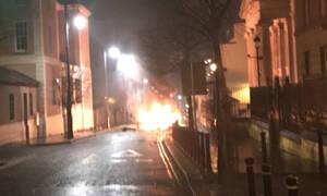 Ο τρόμος επέστρεψε στη Βόρεια Ιρλανδία: Έκρηξη βόμβας στο Londonderry (Pic)