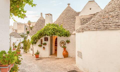 Tο μαγευτικό χωριό που πρέπει να επισκεφτείς οπωσδήποτε στη ζωή σου! (pics)