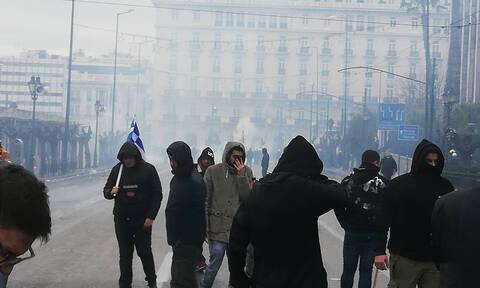Συλλαλητήριο για Μακεδονία: Εικόνες - ΣΟΚ από τα επεισόδια στο Σύνταγμα