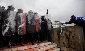 Συλλαλητήριο για Μακεδονία – ΕΛ.ΑΣ.: Μας επιτέθηκαν οργανωμένες ομάδες