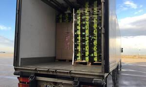 Πάτρα: 24χρονος είχε στο φορτηγό του χιλιάδες κούτες με λαθραία τσιγάρα (pics)