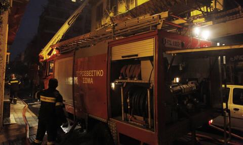 Τραγωδία στα Σεπόλια: Ένας νεκρός από πυρκαγιά σε εγκαταλελειμμένο κτήριο
