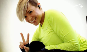 Αυτή είναι η γυναίκα που τις αρέσει να τρέχει διαδρομές που έχουν σχήμα… πέους (photos)