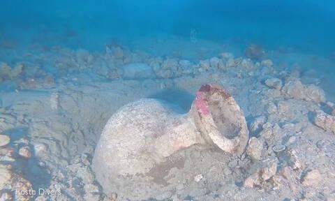 Βρήκαν κλεμμένο αρχαίο πήλινο αγγείο στο βυθό της Μεσογείου (vid)