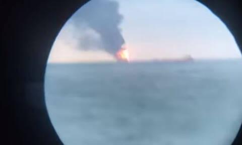 Τραγωδία στα στενά του Κερτς: Δέκα νεκροί από έκρηξη και φωτιές σε δύο πλοία (vid)