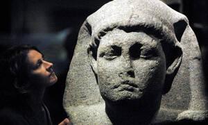 Ιστορική ανακάλυψη: Αρχαιολόγοι υποστηρίζουν ότι βρήκαν τον τάφο της Κλεοπάτρας (vid)