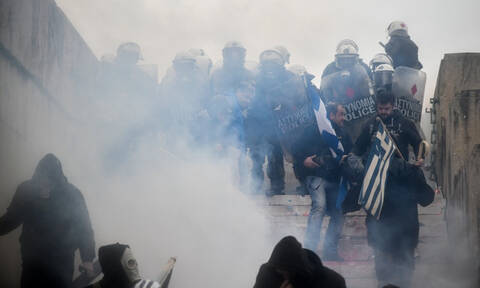 Ένωση Χημικών προς Τσίπρα: Τα δακρυγόνα μπορεί ακόμα και να σκοτώσουν