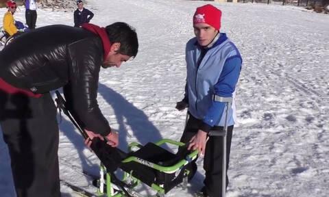 Ο 19χρονος που παρά τα εμπόδια που του «βάζει» το σώμα του, θέλει να πάει στους Παραολυμπιακούς