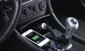 Φορτίζετε το κινητό στο αμάξι; Σταματήστε αμέσως! (pics)