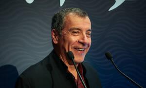 Θεοδωράκης: Εάν κάνει πρόταση μομφής ο Μητσοτάκης, θα την ψηφίσω