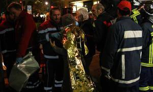 Θρίλερ με φωτιά στο κέντρο της Θεσσαλονίκης: Συγκλονιστικές εικόνες από τον απεγκλωβισμό ατόμων (vid