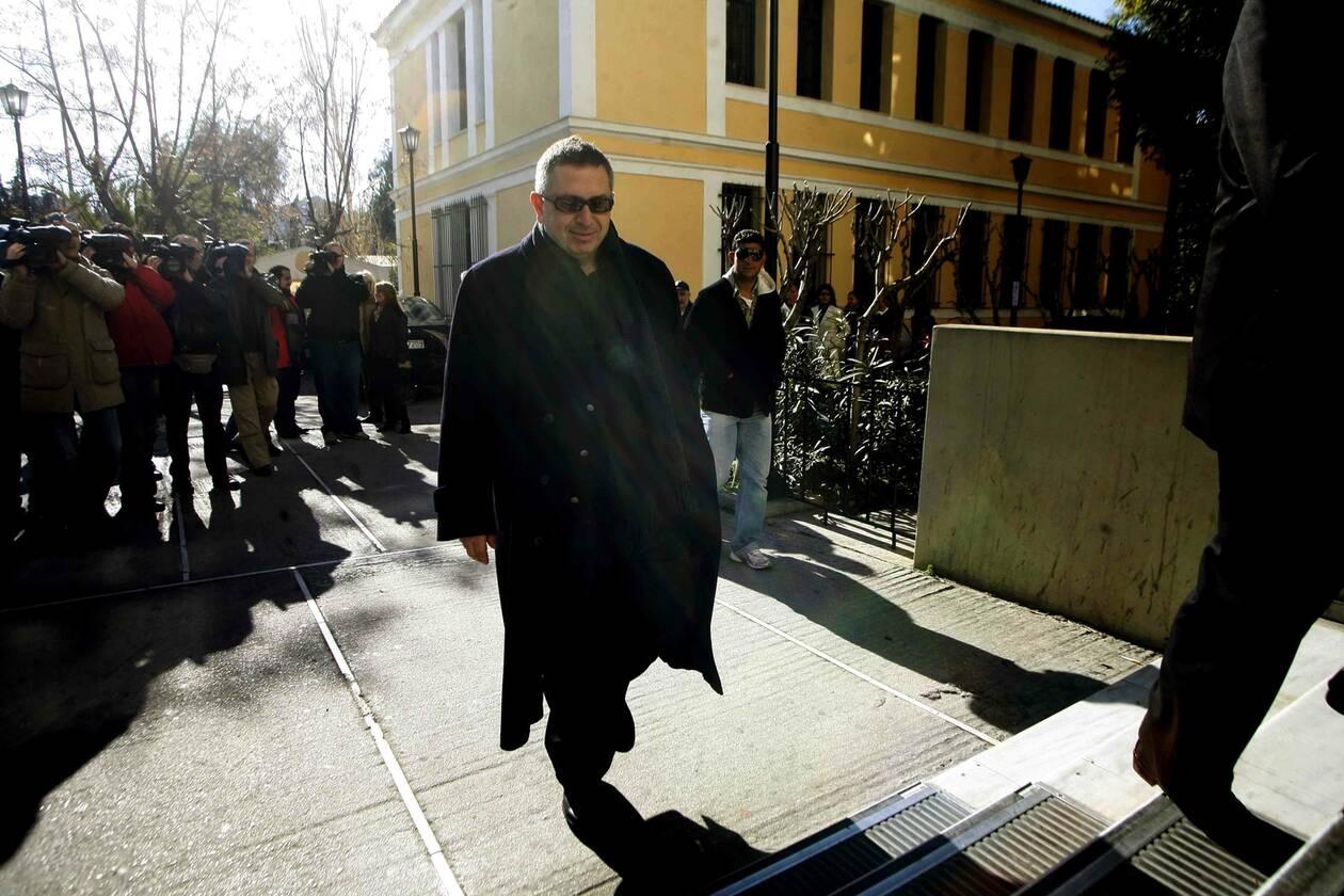 Θέμος Αναστασιάδης: Τα καλύτερα από την εκπομπή «ΟΛΑ» που έγραψε ιστορία (vid)