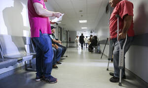 Παράταση 12 μηνών στο πρόγραμμα απασχόλησης ανέργων στη δημόσια υγεία