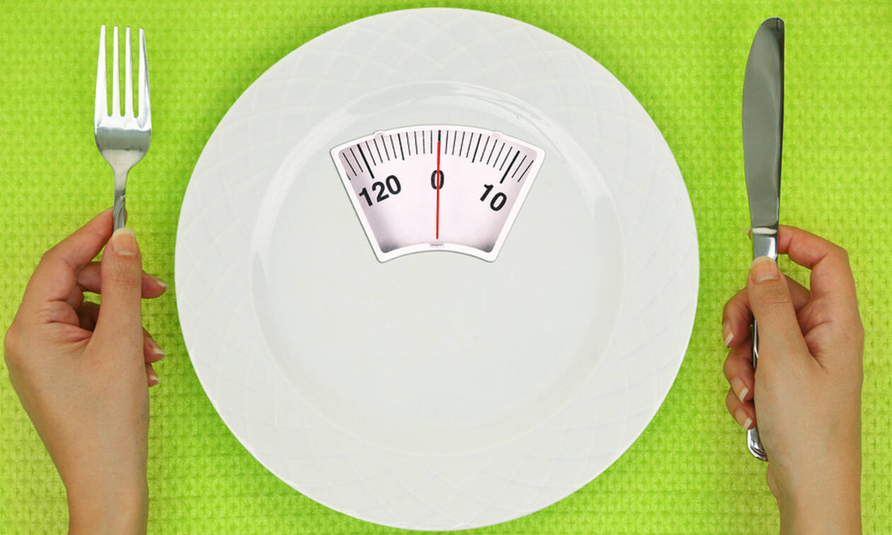Φαγητό πριν τον ύπνο: Πώς επηρεάζει τα επίπεδα σακχάρου