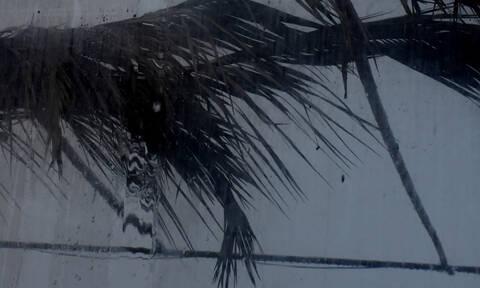 Καιρός: Ο «Φοίβος» έφτασε και έφερε χιόνια, χαλάζι και πλημμύρες σε πολλές περιοχές