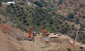 Ισπανία: Έπειτα από δέκα μέρες ολοκληρώθηκε η σήραγγα για τον εντοπισμό του μικρού Γιουλέν (pics)